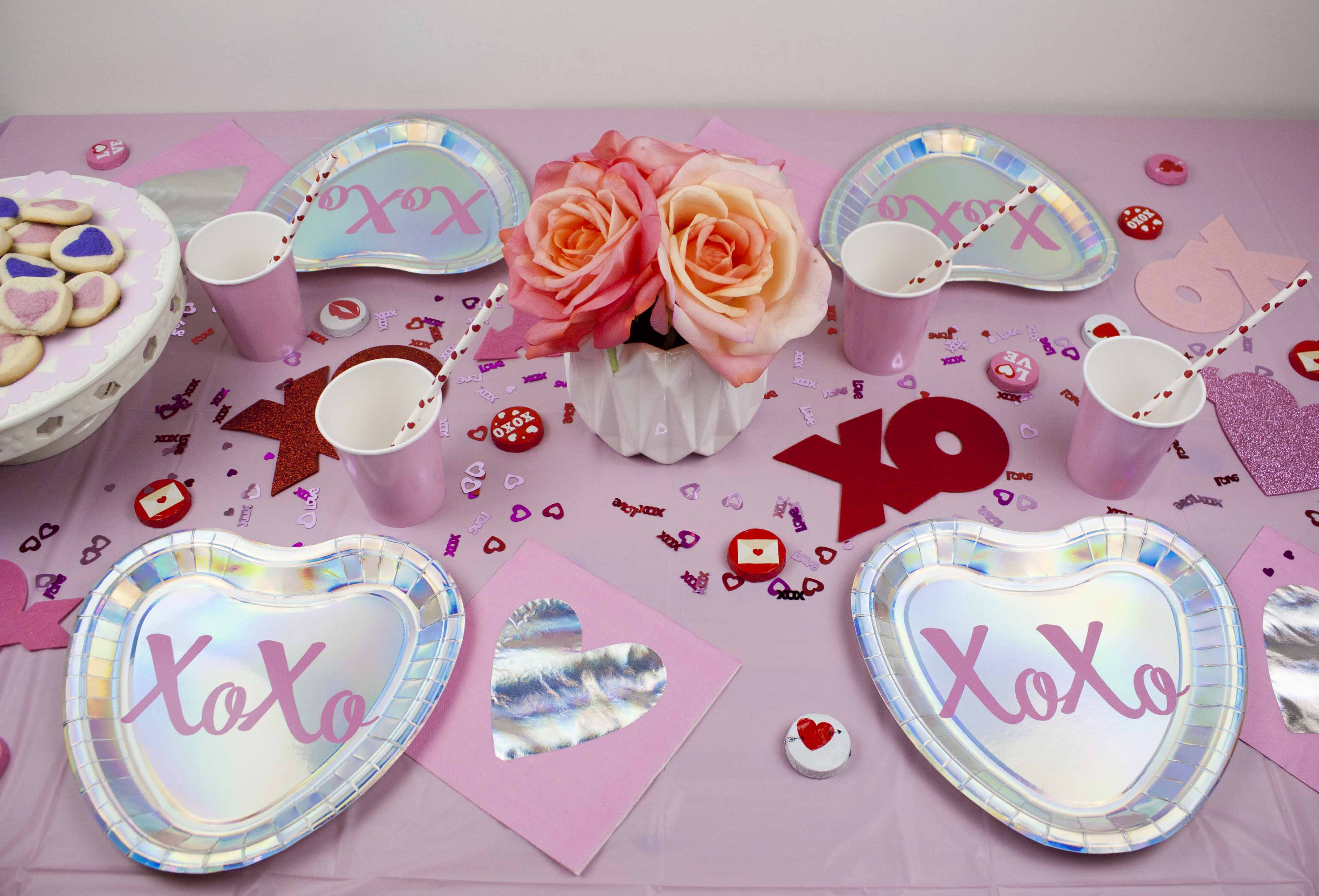 VALENTINE\'S DAY (QUICK & EASY) TABLESCAPE - JMS ENTERTAINING